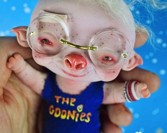 Steven - the goonies fan art doll ooak pure sculpt fantasy creature pet imaginary friend pigglet pig boy 80s piggy myopic