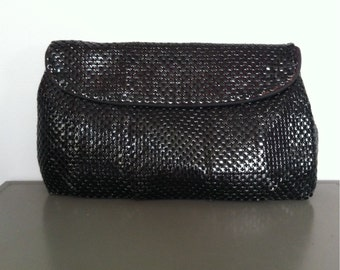 Vintage glam Whiting and Davis black metal mesh large clutch