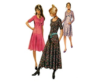 1970s Dress Pattern Drop Waist Granny Dress Long or Short Sleeves U Neckline Stretch Knit Simplicity 9298 Bust 32 Vintage Sewing Pattern
