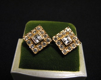 Vintage Napier Square Gold Plated Princess Cut Pave Diamond Rhinestone Clip Earrings