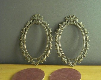 Two Oval Frames II - Vintage Metal Picture-Surrounds - Ornate Feather Frames