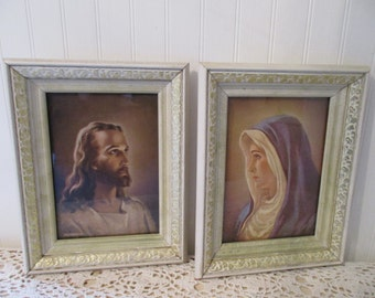 Jesus and Mary framed Warner Sallman print set. Shabby 1941 mid-century decor. Cream, gold tray frames. Kriebel & Bates. Head of Christ.