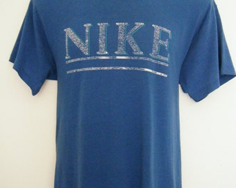 vintage 1980s NIKE t-shirt, size l