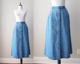 Vintage 1980s Skirt / Chambray Blue Denim Skirt A-Line Midi / Size 16 / Size Large Extra Large Plus Size