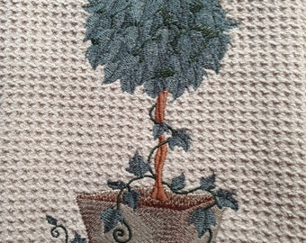 Trailing Ivy Topiary (Beige) - Microfiber Waffle Weave Kitchen Hand Towel