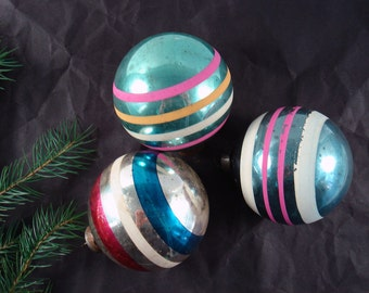 Vintage Christmas Tree Ornaments - Glass ornaments - Set of 3 - made in USA