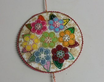 Circle of Flowers Pinkeep Sewing Accessory