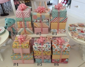 4 WRAPPED GIFTS & Vintage Kitten or Birthday Cake CARD - Choose 1:6 Scale or 1/12 Scale Miniature
