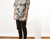 Short Sleeve Hawaiian Shirt / Green and Beige Retro Shirt / Vintage Cotton Shirt