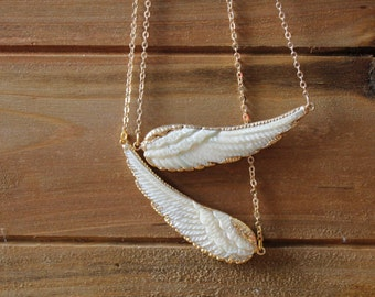 Gold White Wing Bone Necklace/ White Bone Carved Wing Feather/ Angel Wing Bird/ Bohemian Hippie Tribal Native American Bird Wing (NBB11)