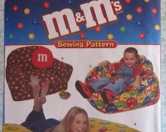 Child's Armchair, Beanbag Chair and 60 inch Floor Pillow Simplicity Pattern 9007 UNCUT