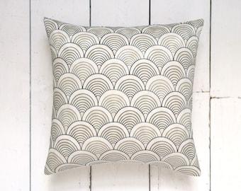 Japanese Vintage Kimono Fabric Cushion Pillow Cover in Ivory & Navy Geometric Wave Pattern 'Tsunami'