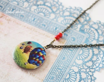 Hot Air Balloon Locket Necklace. Vintage Style Locket Necklace. Photo Necklace. Hot Air Balloon. Gift For Her  (Ln-27)