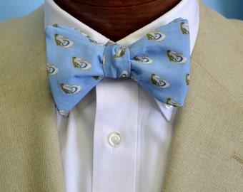 Light Blue Oyster Bow Tie, Men's Bow Tie, Preppy Bow Tie, Coastal Bow Tie, Adjustable Bow Tie, Self-tie Bow Tie, Pre-tied Bowtie