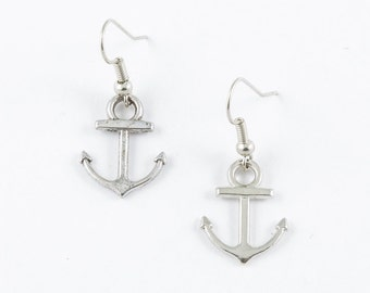 Anchor Earrings // Nautical Jewelry // Simple Everyday Earrings // Silver