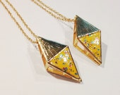 Gold Pyramid Necklace, Inverted Triangle Necklace, Geometric Statement Necklace, 3D Triangle Necklace, Geometric Jewelry, Yellow Triangle