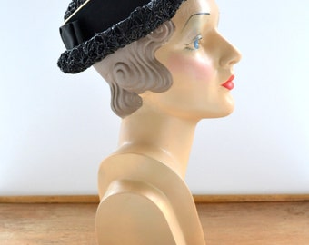 1960s Shiny Black Straw Hat with Ribbon Band
