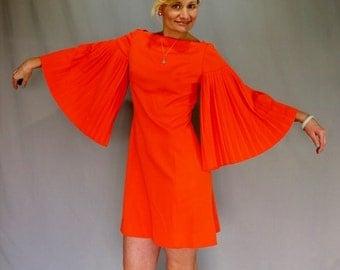 60's Go-Go Accordian Bell Sleeve Mini Dress