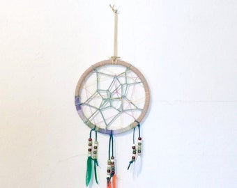 Dream Catcher Wall Hanging, 7 inch Wooden Embroidery Hoop, Multicolor Feather Home Decor, Green Leather Cord Web, Feather Bead Charm