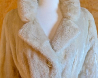 Fabulous Tourmaline Mink Coat from the late 1960s / early 1970s Full Length Belted Neutral Off White Winter Wedding