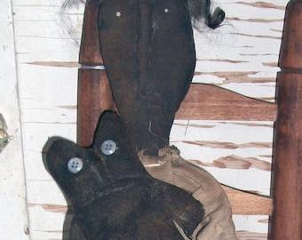 Grungy Maisy with Black Cat #65