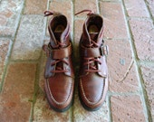 Vintage Womens 8 Eastland Moc Toe Chukka Boots Lace Up Ankle Boots Boot Leather Brown Freeeport Maine USA Preppy Hipster Spring Fall Fashion