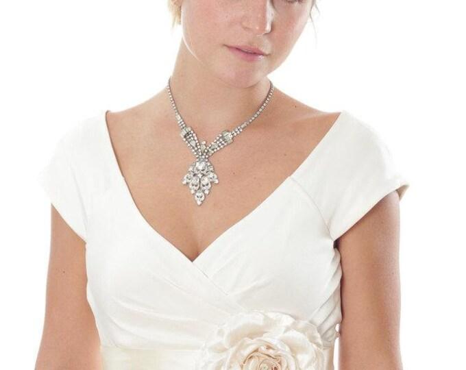 Ivory Wedding Sash Belt - Off-White Satin Belt W/ Large Silk Flower Handmade Bridal Sash Bridesmaids Alternative Statement 1000226