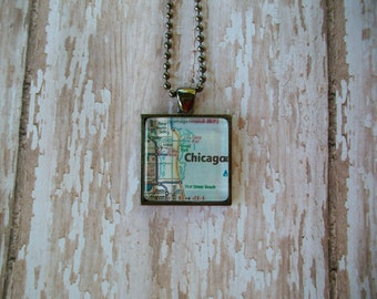 Chicago Map Pendant Necklace Jewelry / Glass Dome Pendant Necklace / Necklace Pendant / Road Map Pendant Necklace / Jewelry / 23SG