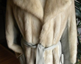 Beautiful blond mink fur and leather stroller / coat / jacket