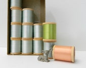 Vintage Silk Thread ... 1940s Belding Corticelli Thread on Wood Spools in Original Box ... Light Blue plus two