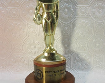 Vintage 1969 NFL FORD PP and K Football Punt Pass and Kick 1st Place Age 9 Trophy 1969 Sports