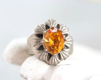 Antique Amber Colored Ring - Size 5.5 Adjustable - Vintage Gothic Ring