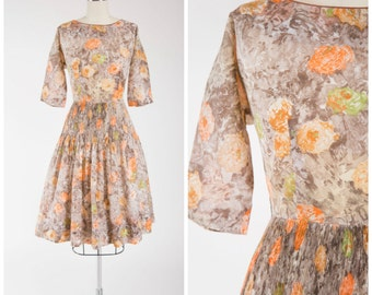 Vintage 50s Dress • Lurid Fruit • Orange Green Floral Cotton Voile 1950s Day Dress Size Small