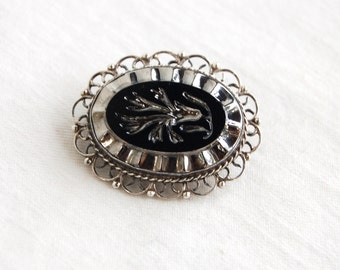Mexican Cameo Brooch Pin Pendant Vintage Jalisco Guadalajara Sterling Silver Floral Flower Carved Black Glass