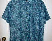 "Vintage Men's Blue Printed Shirt by Van Heusen Large 16"" - 16 1/2"" Neck Only 7 USD"