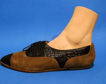 Vintage 90s Womens Oxfords Pointed Toe Shoes Size 9 Hipster Boho Indie Casual Grunge Designer