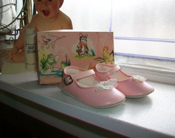 Vintage 1950s Baby Girl Shoes Pink with Original Box Size 2