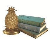 Brass Pineapple Bookend Vintage Solid Brass Pineapple Tropical Home Decor Hollywood Regency Gold Bookshelf Decor Chic Officespace Office