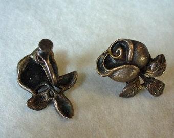Vintage Cast Silver Rosebud Screw-back Earrings Estate Jewelry Sterling