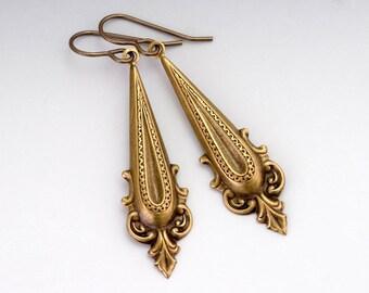 Ornate Earrings, Antiqued Brass Earrings, Metal Earrings, Nickel Free Earrings, Filigree Earrings, Drop Earrings, Dangle Earrings, Eseld