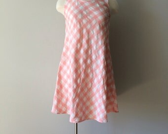 90s pink gingham print a line dress! Made by St. Marteen size S