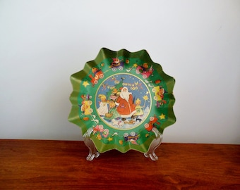 Christmas Cardboard Bowl Made in Germany Santa Claus Girls and Animals Surrounded by a Train
