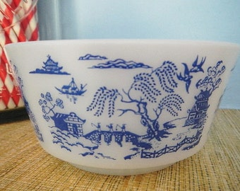 Hazel Atlas Milk Glass Milkglass Royal China Blue Willow Print Cereal Soup Cottage Cheese Bowl