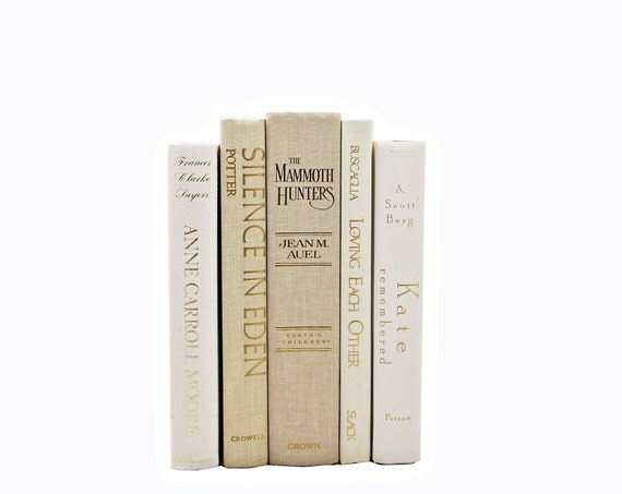 IVORY Beige  Wedding Decor,  Decorative Books, Table Settings, Centerpiece, Book Collection, White BOok Set, Home Decor, Interior Design
