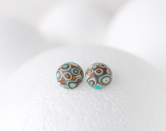 Blue and brown circles pattern round earrings silver plated stud simple earrings polymer clay beige dots pattern