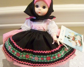 Yugoslavia madame alexander 8 inch doll