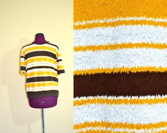 1960s Vintage Mens Towncraft Plus Gold Striped Sweater size M chest 42