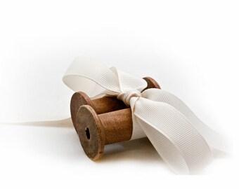 Wood Thread Spools, Set 2 Vintage Cotton Bobbin Spools, Rustic Home Decor, Sewing Display, Vintage Art Supplies, Wood Crafting Spool