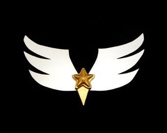 Winged brooch - Sailor Starlights