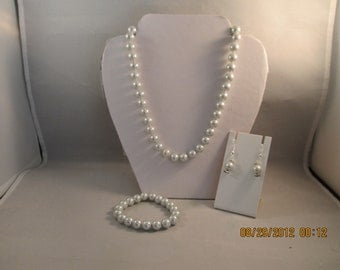 10mm Light Gray Pearl Necklace, Stretch Bracelet and Earrings Set